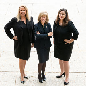 Women in Leadership: Skills and Qualities That Move You Forward with Wendy Mann, Christine Gorham and Holly Neber